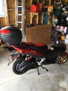 Electric Bike Scooter  Daymak BRAND NEW