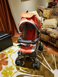 "Poussette ""Peg Perego"" , modèle Pliko  P3 Orange. Made in Italy"