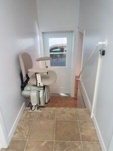 rampe escalier achetez ou vendez des biens billets ou gadgets technos dans ville de qu bec. Black Bedroom Furniture Sets. Home Design Ideas