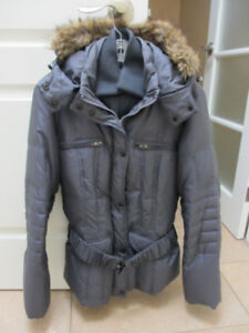 LADIES DANIER WINTER COAT - SIZE MEDIUM - LIKE NEW