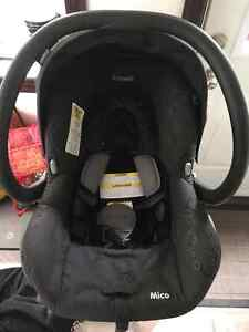 MAXI COSI Baby car seat exp. 2022/ coquille banc d'auto West Island Greater Montréal image 3