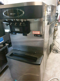 TAYLOR C712 PUMP FED ICE CREAM MACHINE
