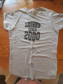 Free - Ladies T shirt 'Legend since 2000'- free