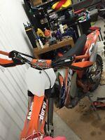 Moto-cross KTM250 4t