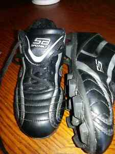 Children's size 13.5 cleats.