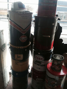 Oil cans, Gas pump Edmonton Edmonton Area image 1