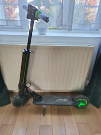 Electric scooter 250w, 25kmh, Jetson Beam, with charger