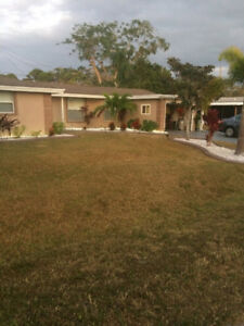 Three bedroom house in Venice Florida for rent.