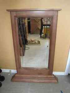 Vintage Mirror With Etching / Mirror for Dresser Kitchener / Waterloo Kitchener Area image 5