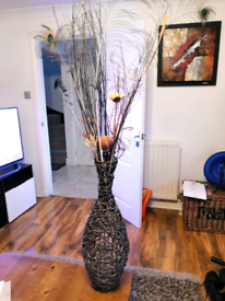 Weave vase ornament