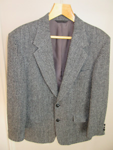 3 Classy and timeless Harris tweed sport jackets, size 40 to 44