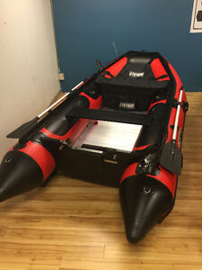 Stryker 10.5' inflatable