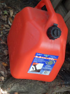 Self-Venting Fuel Container *NEW*