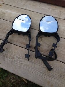Universal adjustable towing mirrors