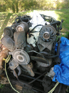 1990 GMC 4x4 350 motor transmission and transfer case