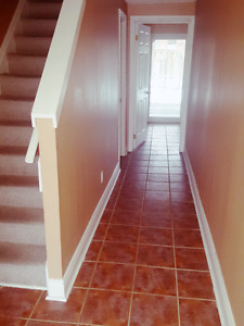 Townhome w/private backyard and main floor deck  for Rent