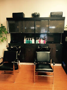 Belvedere hair sinks with chairs. Great condition.
