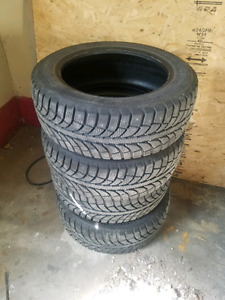 Studded winter tires 90% gt radial champiro ice pro