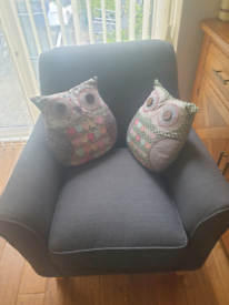 2 Seater & Chair
