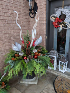 HOLIDAY ARRANGEMENTS FOR YOUR HOME OR BUSSINESS
