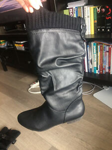 BRAND NEW BOOTS FOR SALE
