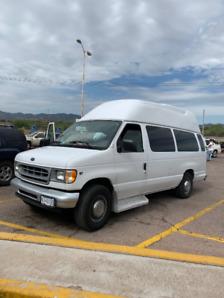 2002 Econoline E350 van with 210,000 kilometres