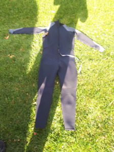 Wet suit (125 or best offer)