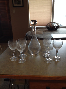 Lead Crystal Wine Decanter with Glasses