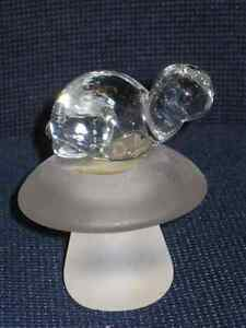 Napcoware Glass Turtle Paperweight