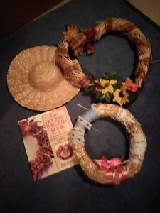 Wreaths , crafts etc......  $8.00 each picture of items.
