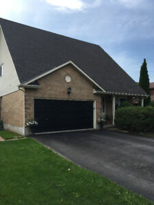BURLINGTON - Beautiful  Brant Hills area home for rent