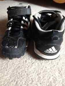 Football Cleats Addidas size 6