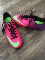 Size 7.5 Nike Soccer Cleats