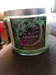 New 3wick bath and body works candle