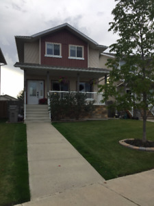 2 Storey Home For Rent-March 1