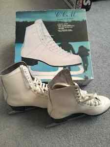 Ladies Winter Club Skates Excellent Condition!! Edmonton Edmonton Area image 1