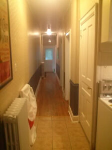 Sept. 1-2br on Oxford St. near Quinpool Road