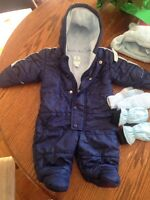 Boys old navy fleece lined, 3-6 months snowsuit + hat and mitts.