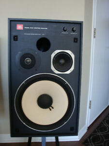 Speaker re-coning & electronics repairs.  AUDIOMANIE