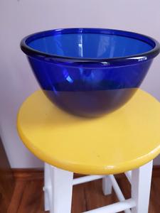Arcoroc  France cobalt bowl