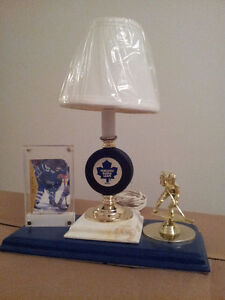 Maple Leafs Collectibles (Gilmour, Meeker, more)