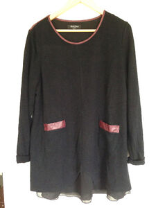 Beautiful black knit long sleeve with maroon faux leather trim