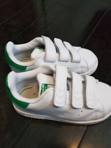 Adidas- Stan Smith- Size 8