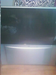 50 Inch Projector TV Fully Working 50$
