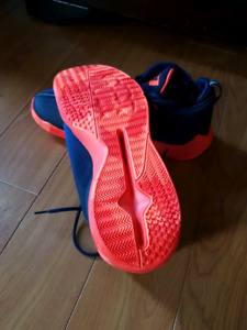 Nike CP3 basketball shoes