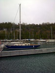 Fast Cruising Sailboat - May photos