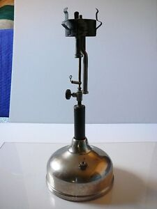 Coleman vintage lamp Quick Lite 1922 with Coleman No.318 shade London Ontario image 4