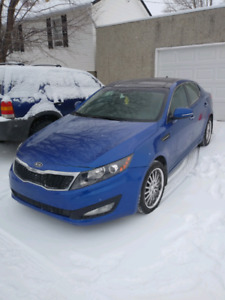 2012 ACTIVE FULLY LOADED OPTIMA MINT CONDITION