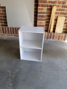 COMPACT WHITE SHELVES Barrack Heights Shellharbour Area Preview