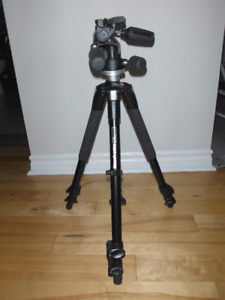 TRÉPIED / TRIPOD Manfrotto 190 kit with 804RC2 MKII